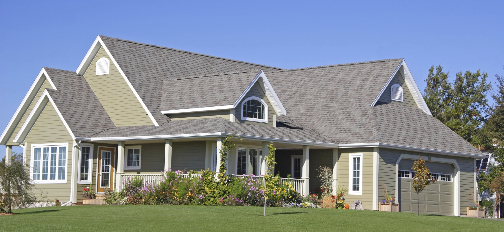Painting exteriors true quality painting siding - Best quality exterior house paint property ...